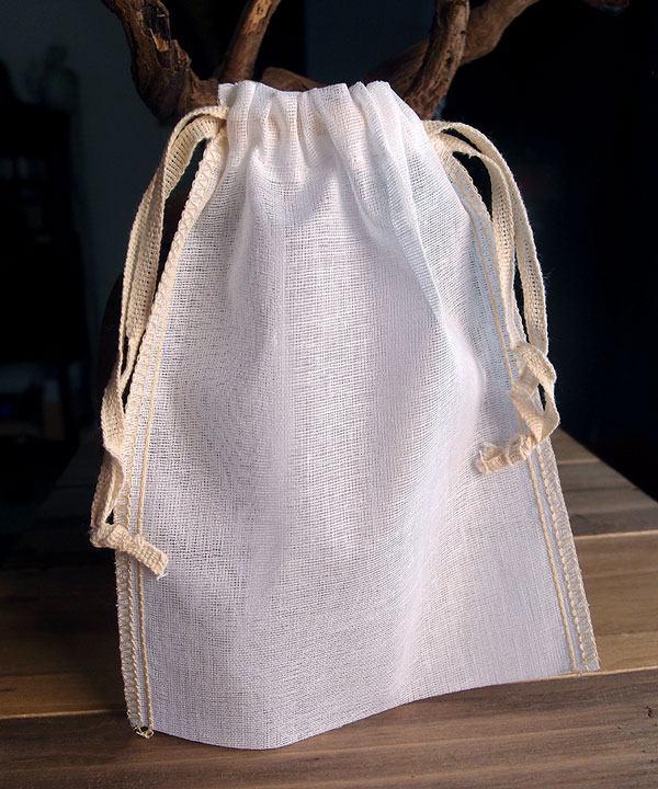 "Cheesecloth Bags with Drawstring 5"" x 7"" (12 Pk) Ivory Edge"