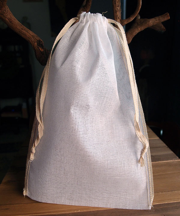 "Cheesecloth Bags with Drawstring 6"" x 10"" (12 Pk) Ivory Edge"